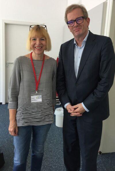 Christa Möller-Metzger und Professor Kruse beim Deutschen Seniorentag in Dortmund